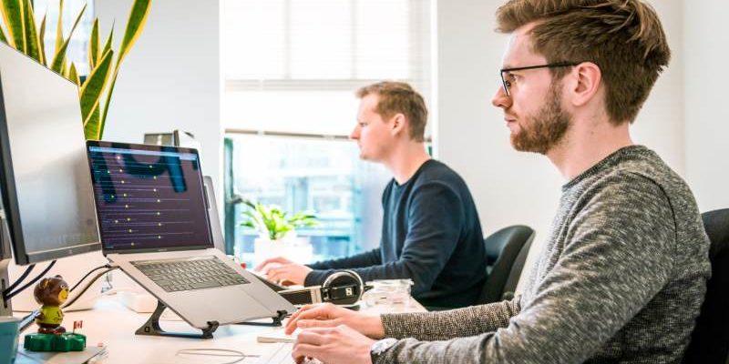 Ergonomie im Büro – wie wichtig ist die richtige Sitzhaltung?