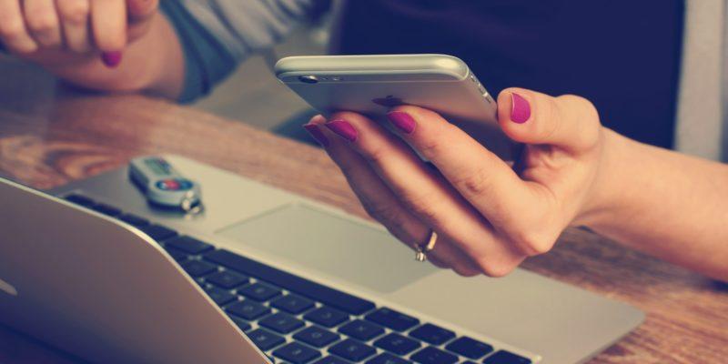 Sind wir vom Smartphone abhängig?