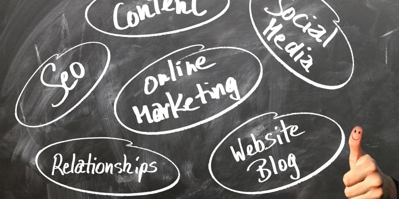 Digitalisierung oder Haptik? – Synergieeffekte im Marketing nutzen