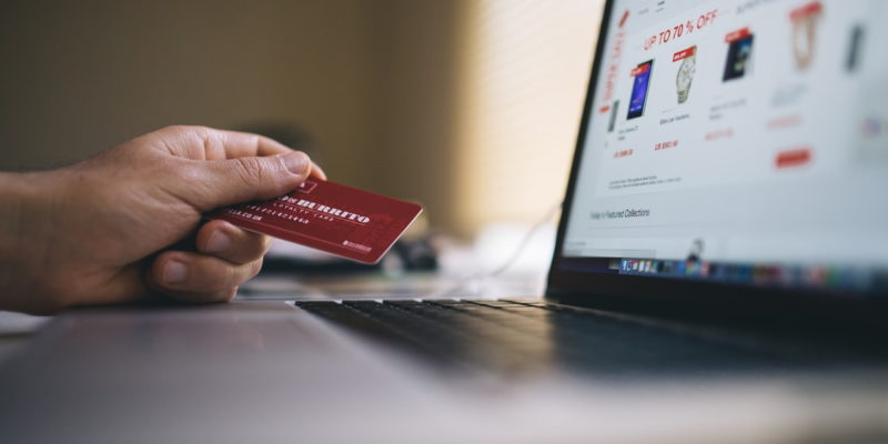 Online Händler werden: Was muss beachtet werden?
