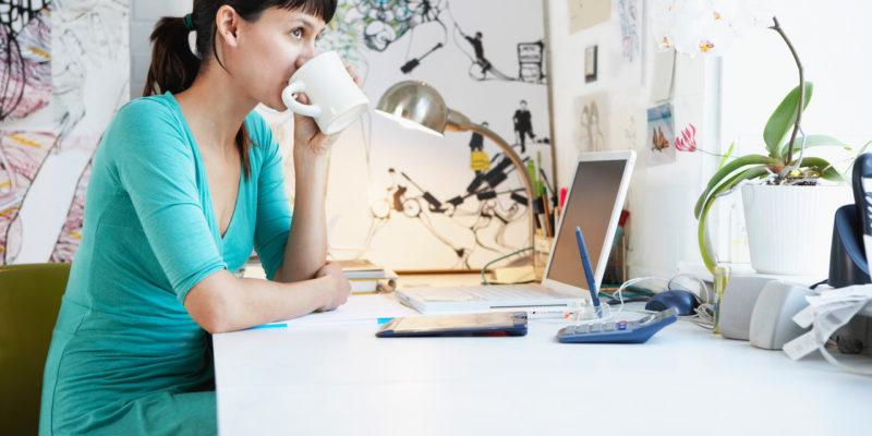 Technische Grundausstattung für Büro, Homeoffice und Homeschooling
