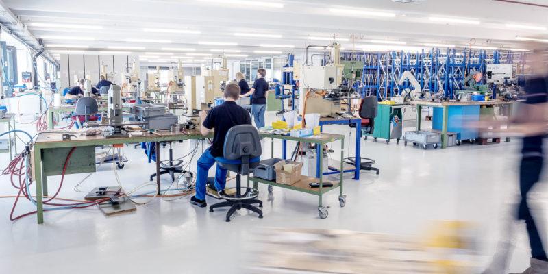 Eglifedern – Federn für Industrie, Gewerbe und Private