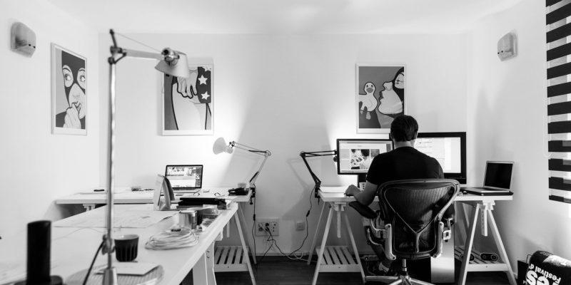 Home-Office-Ausstattung – Werbegeschenke für Ihre Mitarbeiter